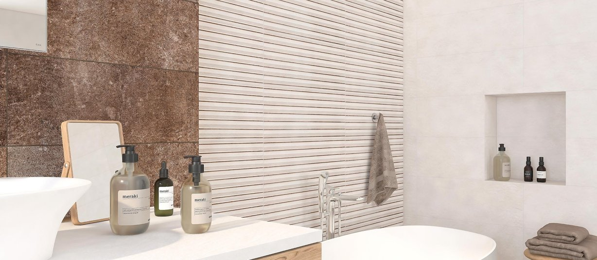 celin Brown and White tiles Modern style Bathroom