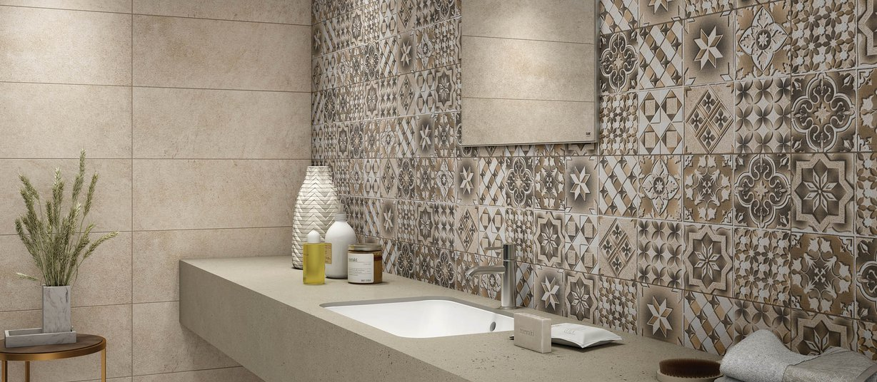 Davinci Brown tiles Modern style Bathroom