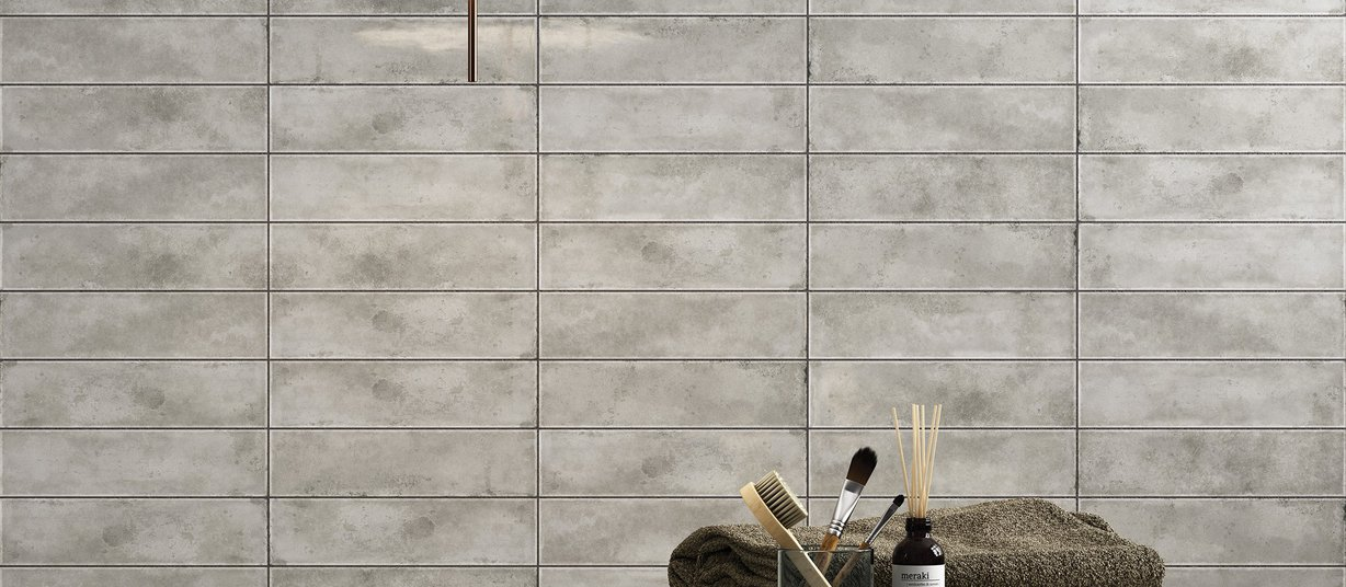 Detroit metal brick White tiles Modern style Bathroom