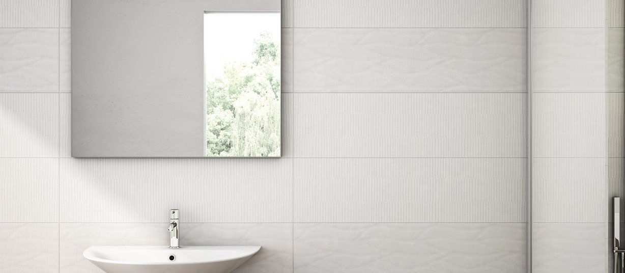 reyes Brown and Ivory tiles Modern style Bathroom