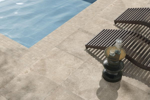swimming pool Azul, Beige y marrón ceramica Moderno estilo Wellness and Swimming Pools